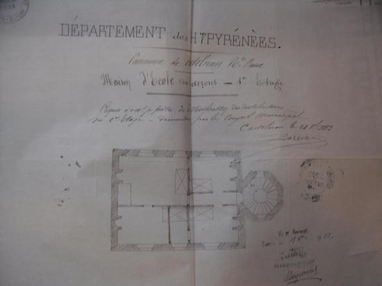 1883, travaux à l'école des garçons